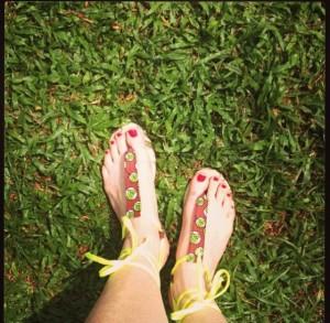 Kene Rapu slippers
