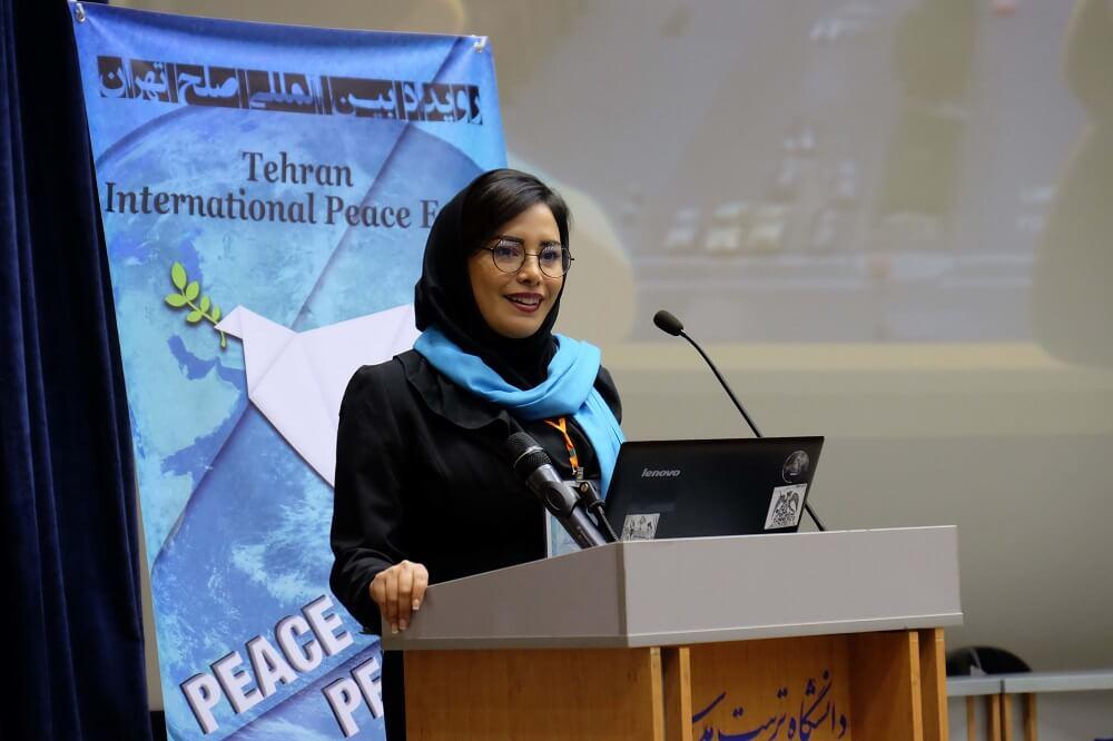 Iranian Facilitator - Journalist - Peace builder - Afsaneh Seifinaji