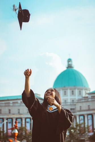 11 Important Tips for Getting Accepted into Top Universities - Studying abroad