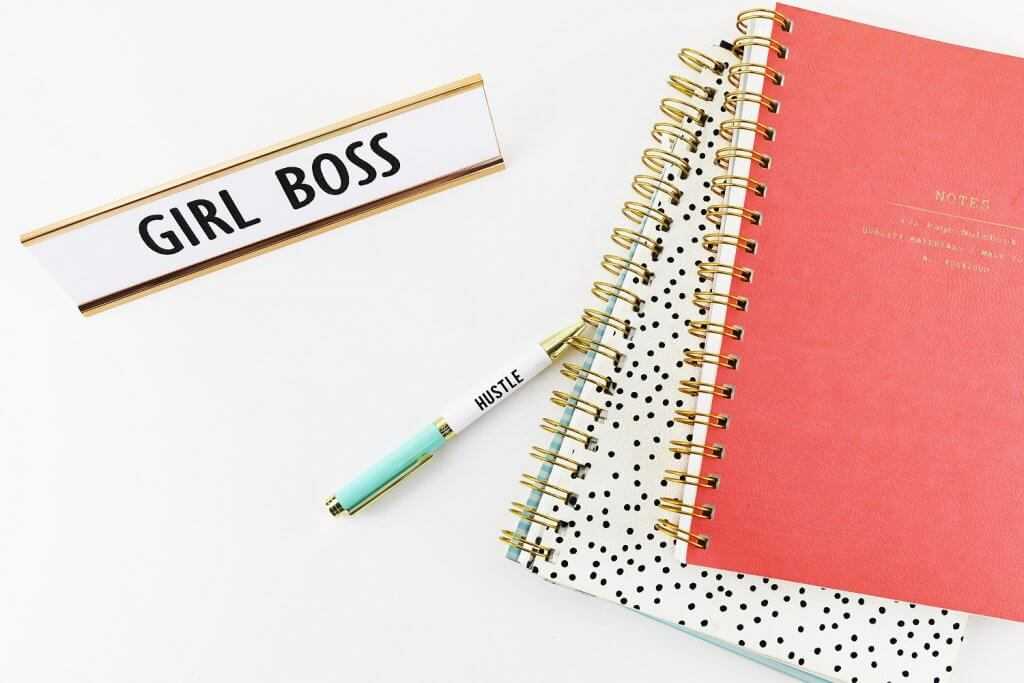 5 Crucial Steps to Becoming a Successful Solopreneur - Girl boss